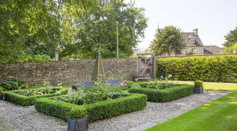 garden design burford, oxford garden design