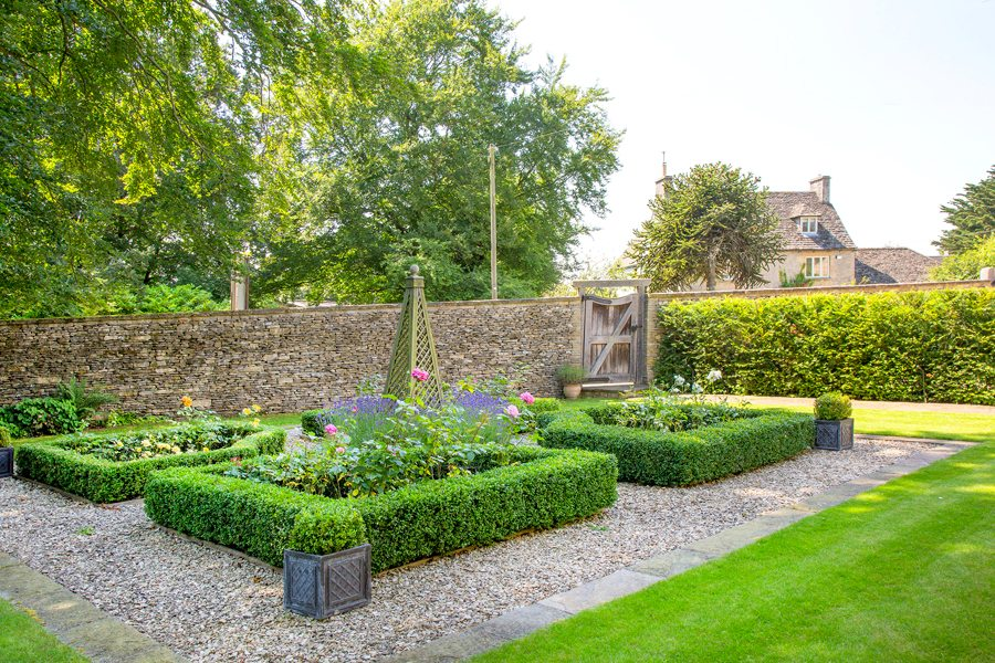 Garden design service oxfordshire oxford garden design for Garden design service