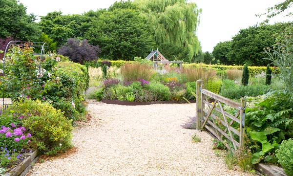Garden Design Service Oxford, garden design services in Oxfordshire, garden landscaping oxford, garden maintenance oxford, garden design oxford