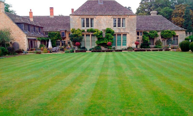 Garden Design Service Oxford, Garden Maintenance in Oxfordshire, garden design services in Oxfordshire, garden landscaping oxford, garden maintenance oxford, garden design oxford