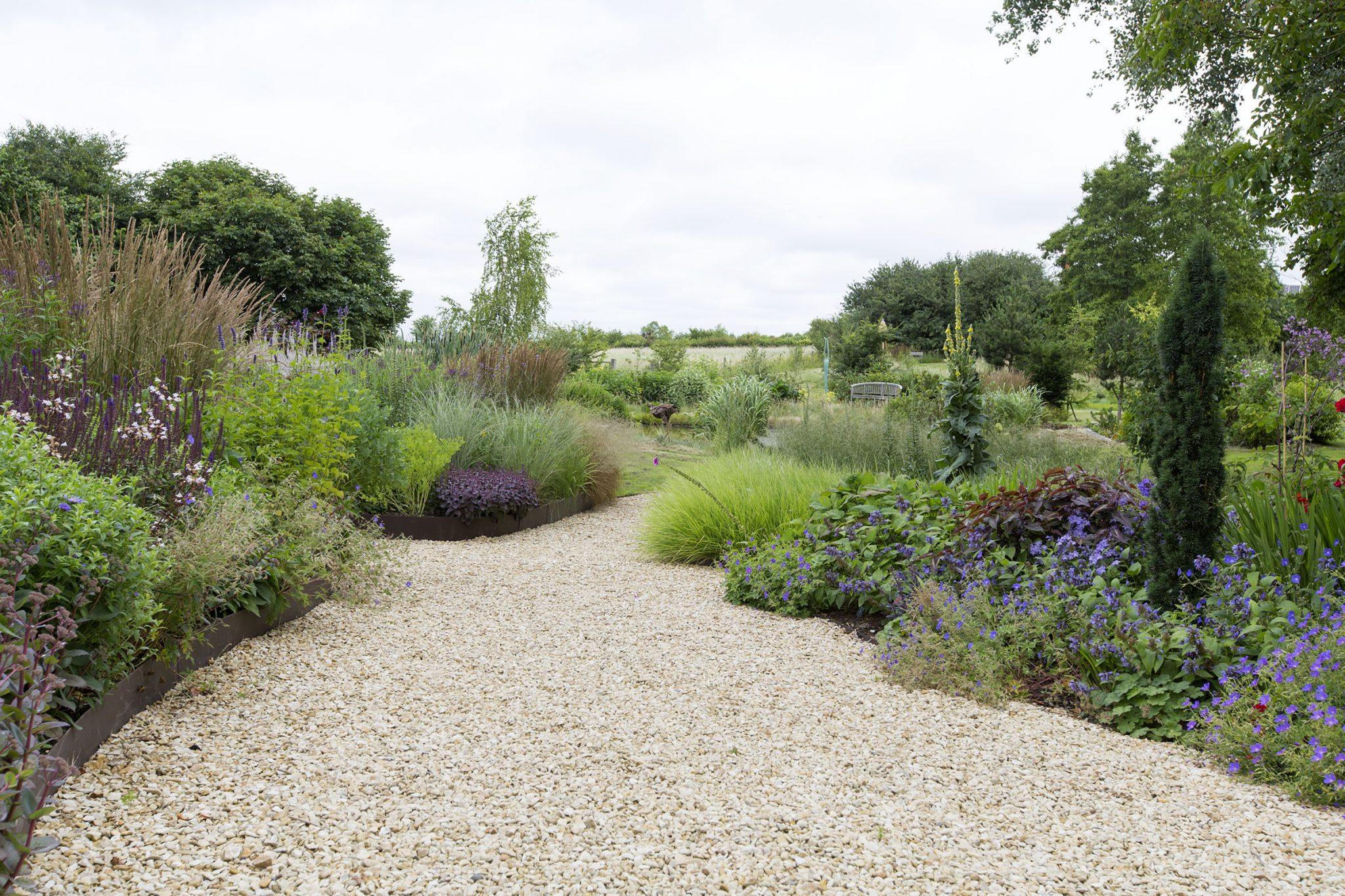 Garden design services in oxfordshire oxford garden design for Oxford garden designs
