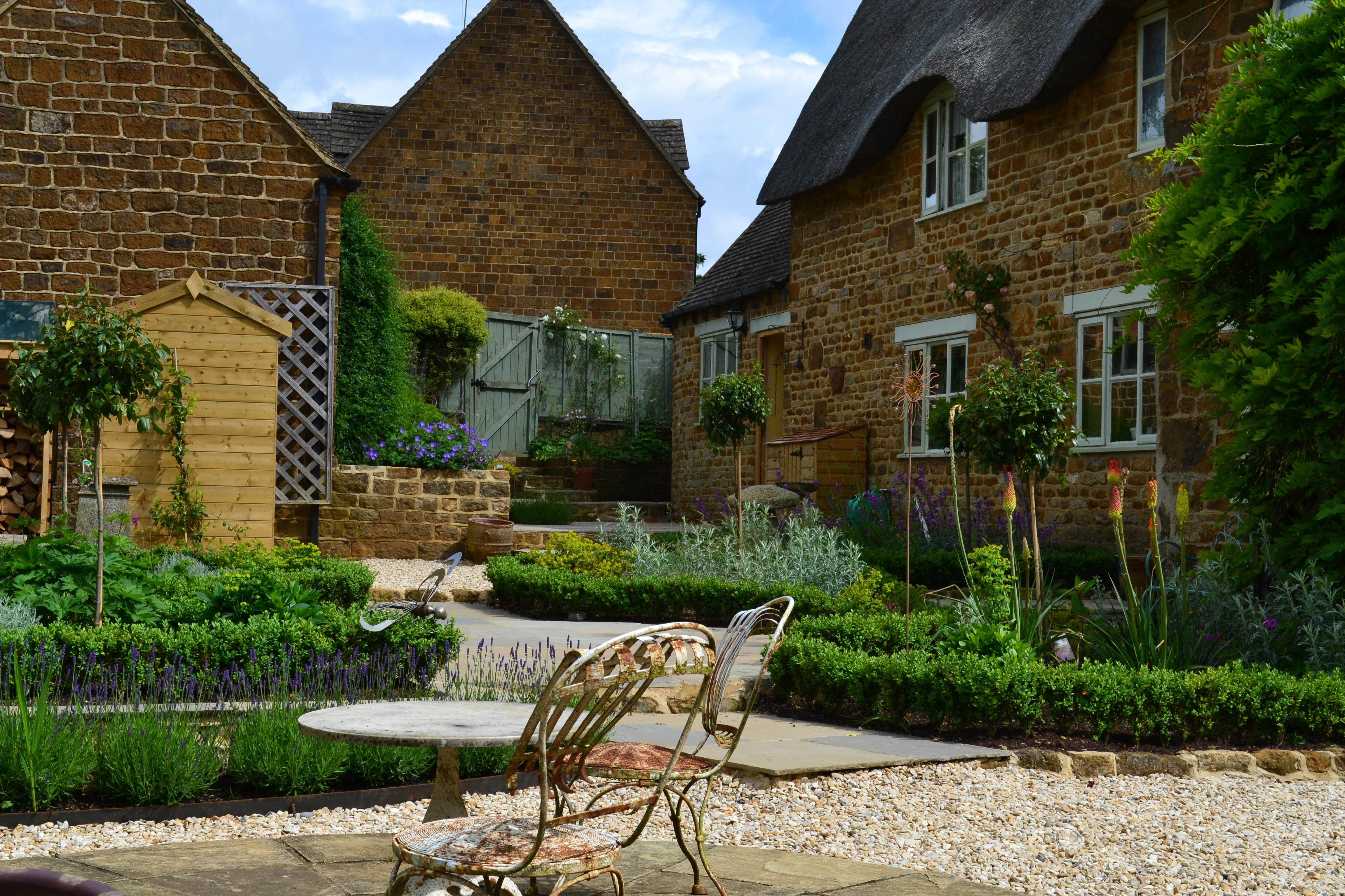 Garden Maintenance in Hook Norton, Oxfordshire - Oxford ...