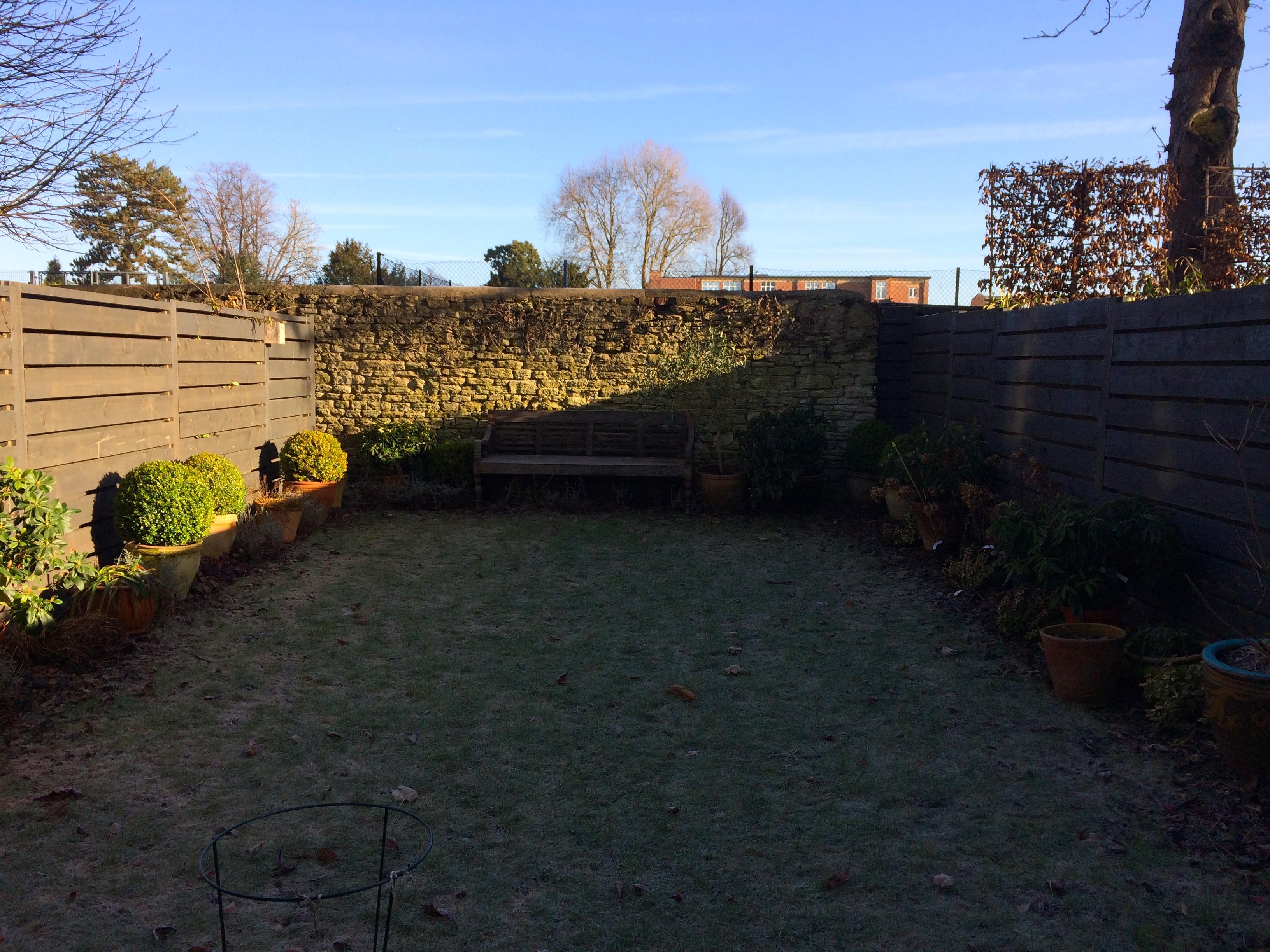 Small Town Garden Design - Oxford