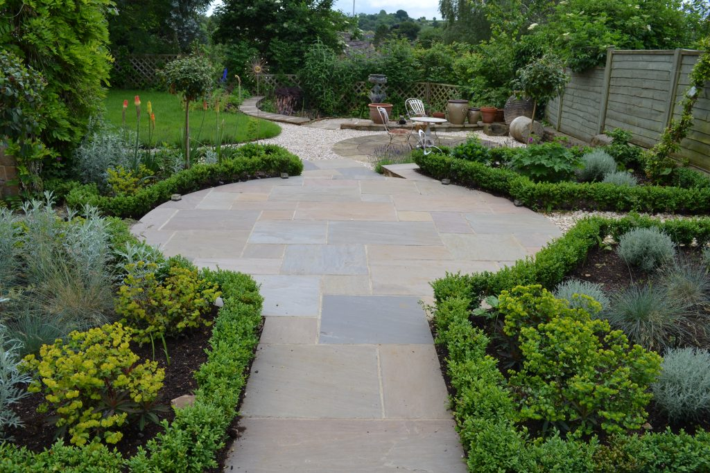 A Garden For All Seasons - Oxford Garden Design