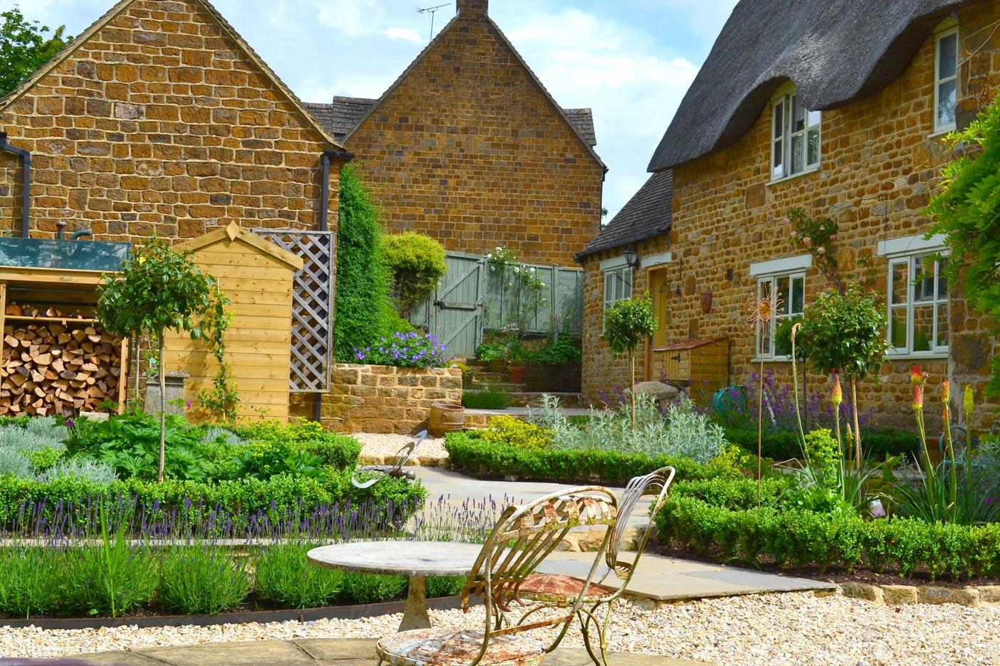 Garden Landscaping services Oxfordshire, Oxford Garden Design