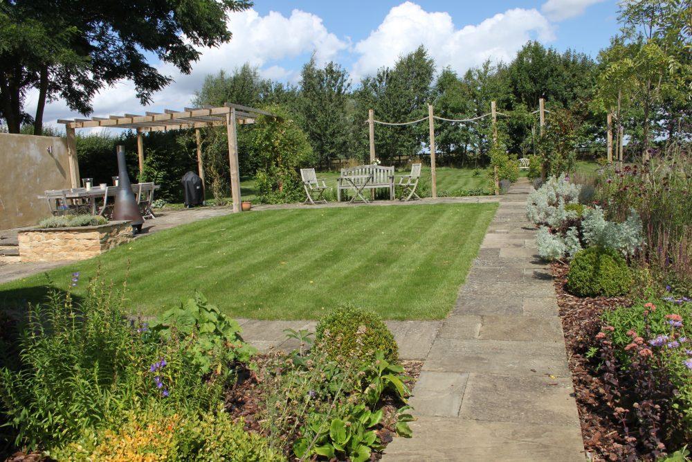 Garden Maintenance Eynsham, Oxfordshire