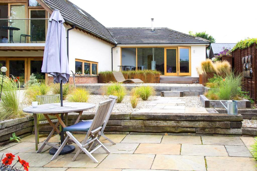 Oxford Garden Design. Garden Landscaping services Oxfordshire  Oxford Design Services in