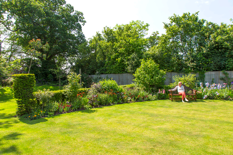 Garden Maintenance Oxfordshire, Oxford Garden Design