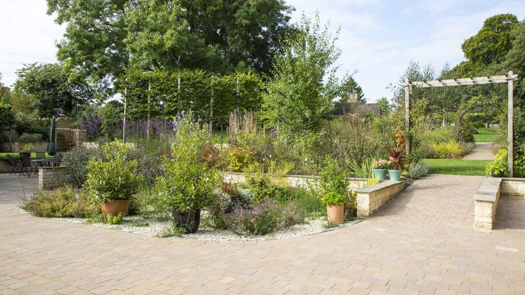 Gardening on a Slope - Oxford Garden Design